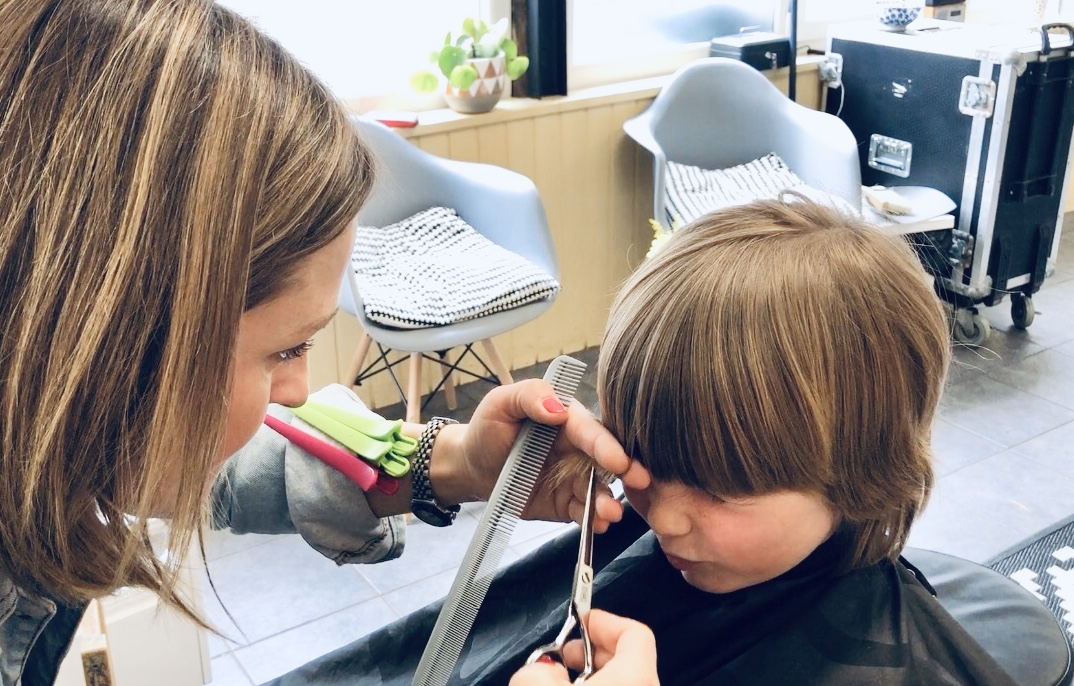 Pop-up salon